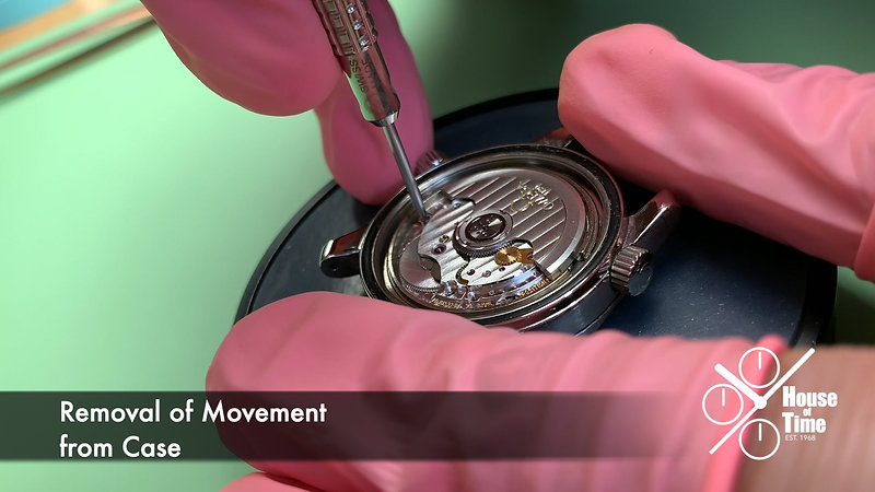 Traditional Complete Service for a Modern Mechanical Watch