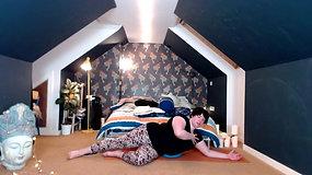 Yoga Orkney® Online - Powered by Pilates - Single Leg Circle