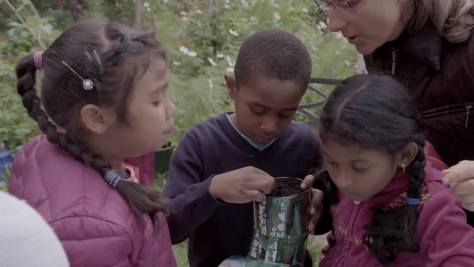 kids having fun with green thumbs - part 1