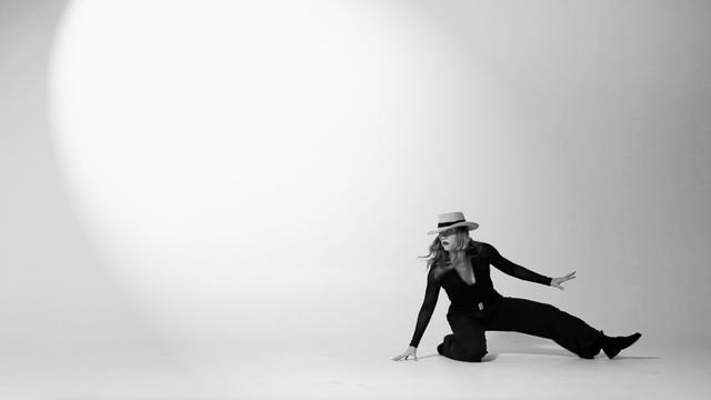 Lady C >Dance<
