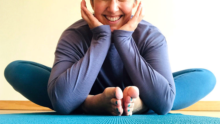 YoginiMama Family Yoga
