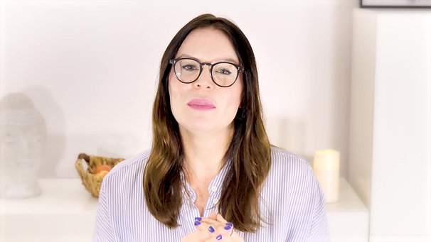 Julia Melnik - Holistic Therapist