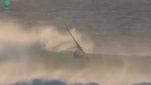 Ocean Lovers windsurfing