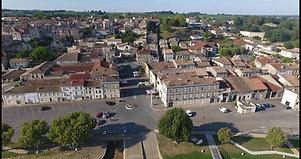 Le Plaisance au port de Bourg sur Gironde
