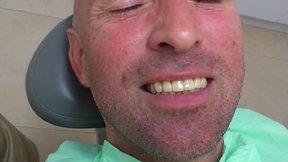 """""""ניראה כמו שיניים טבעיות"""""""