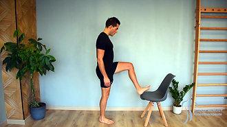 41 - Étirement des ischios-jambiers 2 (debout talon sur chaise)