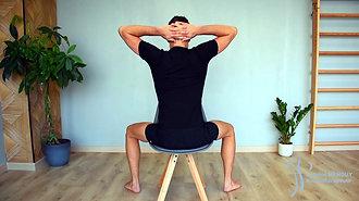 21 - Mobilisation en rotation assis (mains derrière la tête)