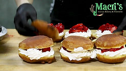 Macri's Bakery - Paczki Ad