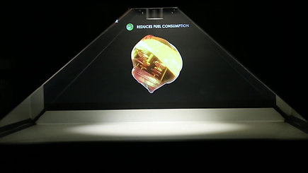 Castrol - Holographic display on the wheels