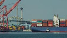 Port Of Long Beach - Hyundai Arrival at Hanjin