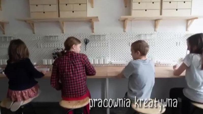 jaskolka_wsrodku