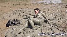 2位 止まらない泥んこ遊び