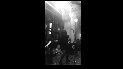 Freestyle of friends poetry live at Jaymz Bee's Salon