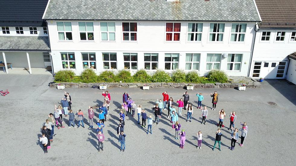 Infofilm om Hålandsdalen Montessoriskule