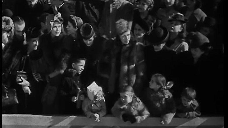 Raza (1942) V