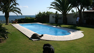 Fasi installazione piscina in vetroresina Cagliari