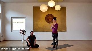 65 min Deep Sense Basic Yoga Klasse mit Dennis