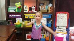 Kensi using her SSP 'Duck Hands'