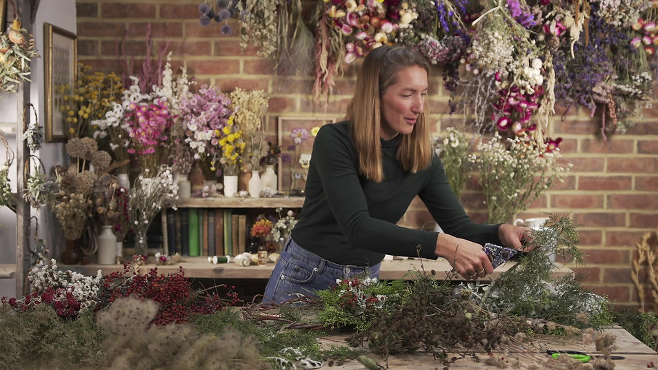 Botanical Tales - Wreath Making Tutorial.