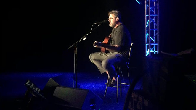 Vince Gill acoustic performance-IMG_2527