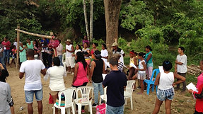 Worship before baptism at the river