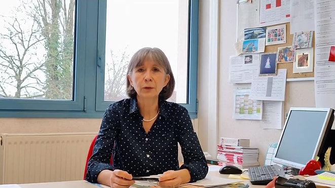 Présentation de l'école maternelle et primaire Sainte-Anne par la Directrice de l'école, madame Gloriau