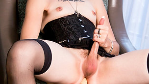 Canada TGirl Metal Queen Of The North Is Here!