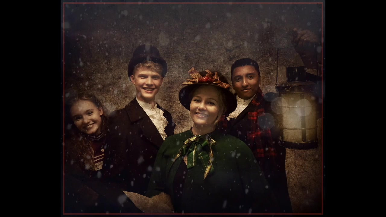 Traditional Victorian Carol Singers