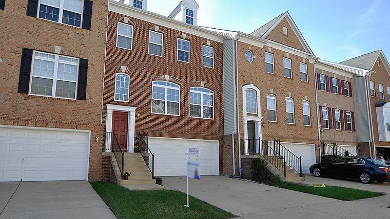 7332 Hampton Manor Pl Springfield, VA