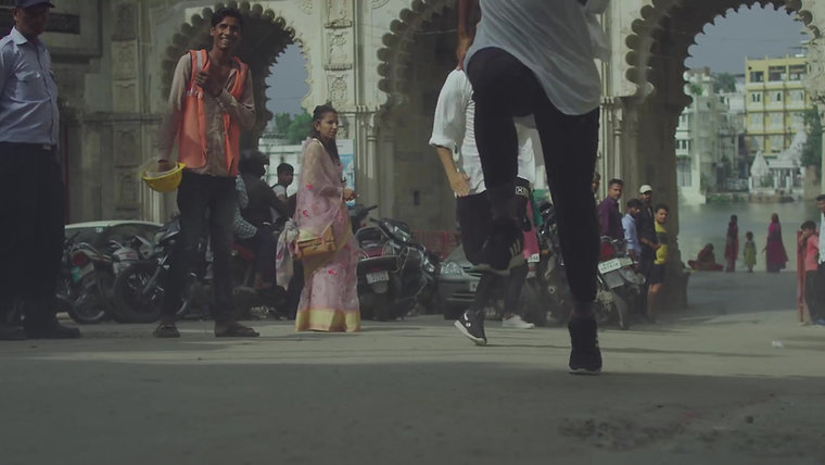 Monster Energy USA - OPERATION ULTRA -Jackson 'Jacko' Strong Tears Through The Streets Of India, Udaipur