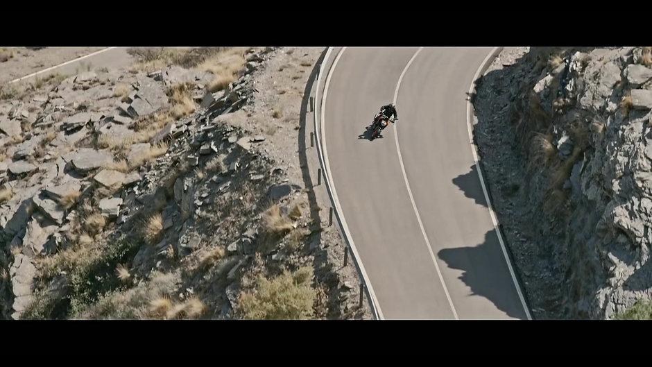 KTM 390 DUKE  The corner rocket