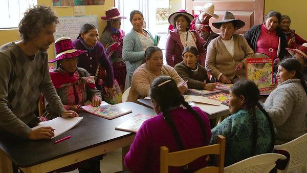 Talleres de Arte para la Asociación de Mujeres Esterilizadas de Chumbivilcas, Cusco, Perú.