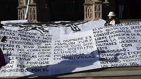 Exhibición callejera de las obras frente a la Corte Superior de Justicia del Cusco