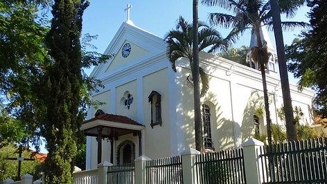 Schnapsmuisig na Igreja HELVETIA