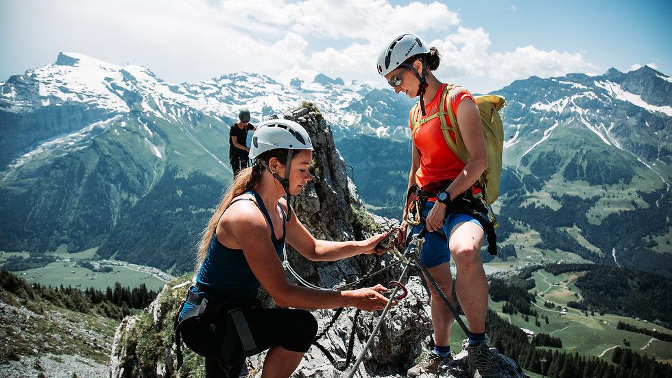 Drie vriendinnen op onvergetelijk avontuur door Zwitserland