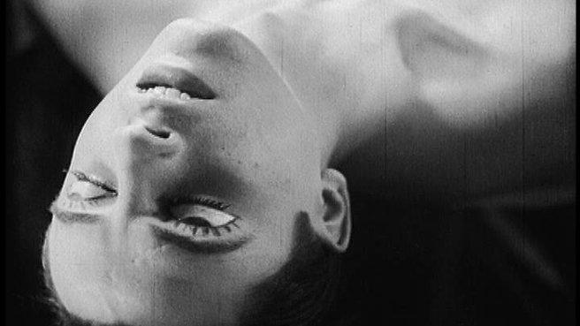 Bir Şairin Kanı-1932 (Le Sang d'un Poète) / Jean Cocteau