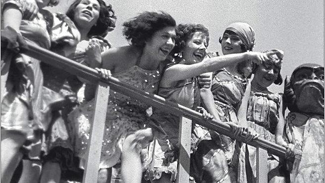 À propos de Nice (1930) / Jean Vigo