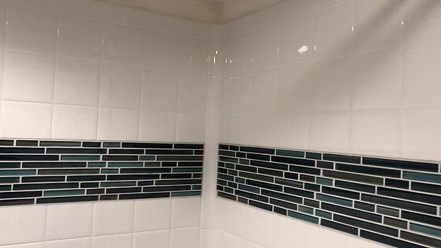 Bestbath tub surround with ceramic tile inset