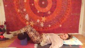 Restorative Yoga & Live Chanting 12/29