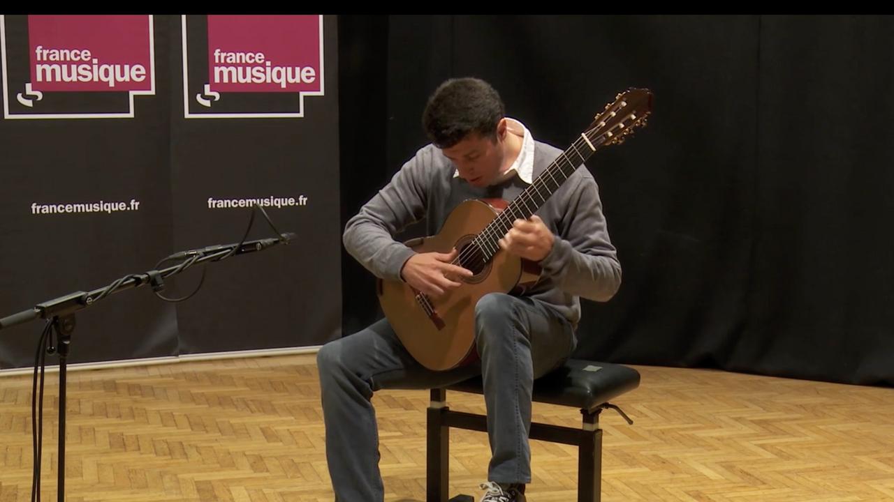 Emmanuel Rossfelder en soliste