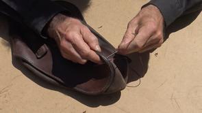 Bourrellerie : Réparer une couture au point de sellier