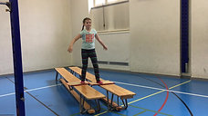 1./2. - körperspannung - bank/teppich - schlittschuhlaufen