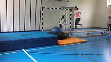 5./6. - springen - bank/gymnastikball/schlauch - salto - girls