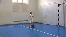 3./4. - balancieren - pedalo - 1 ball jonglieren vw
