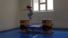 3./4. - kraft - minitramp/kasten - hüpfen einbeinig