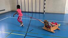 1./2. - kooperieren - kasten/teppich - ziehen und rollen