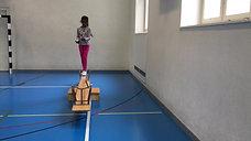 3./4. - balancieren - kasten/bank - wippe tief jonglieren