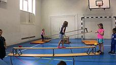 kindergarten - balancieren - bank tief - gehen rw