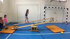 kindergarten - körperspannung - bank/kasten - wippe