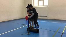 3./4. - körperspannung - rolle klein - zwei personen rw (mit hilfe)